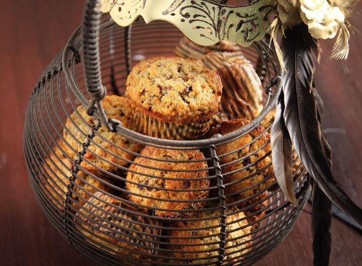http://akispetretzikis.com/el/categories/keik-mpiskota/muffins-me-achladia-kai-sokolata…  Muffins με αχλάδια & σοκολάτα! #recipeoftheday #syntaghthshmeras #pears #chocolate #muffin