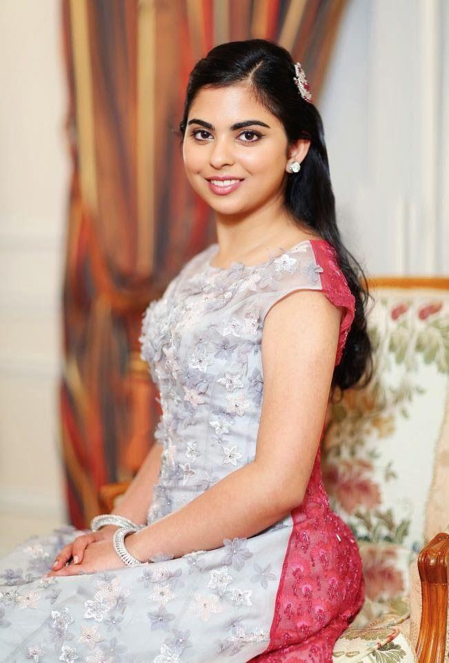 mukesh ambani daughter Isha.