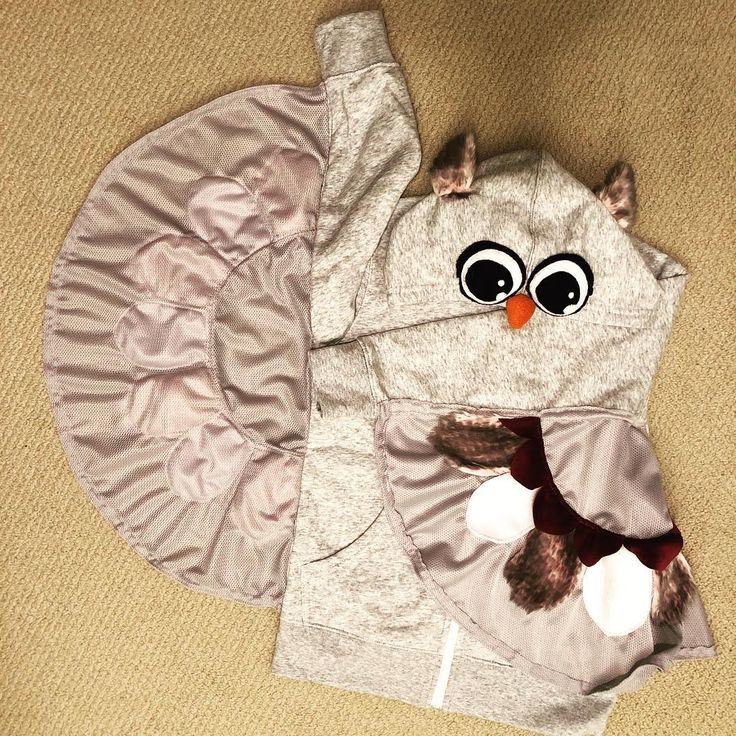 Every year I try to give my niece and nephew at least one item that was #handmade to balance out the #hatchimals and #fingerlings. #owl #hoodie #dab