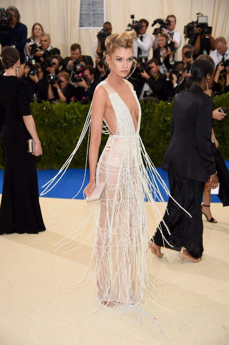 Met Gala 2017 Red Carpet Stella Maxwell in custom H&M