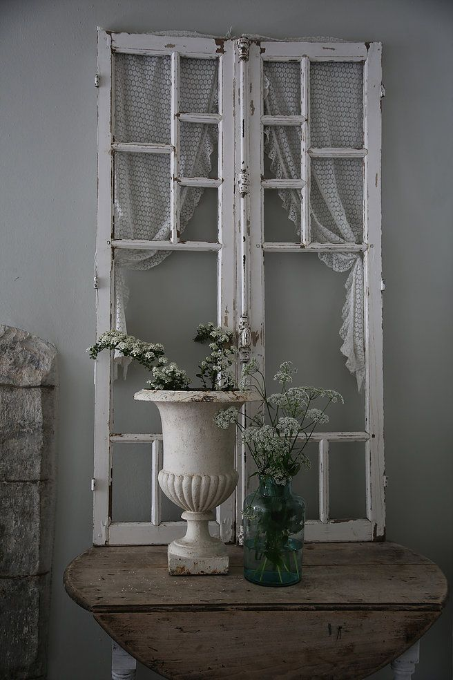 best 25 old window frames ideas on pinterest old window ideas window pane crafts and old. Black Bedroom Furniture Sets. Home Design Ideas
