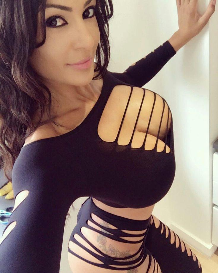 Fernanda ferrari sexy