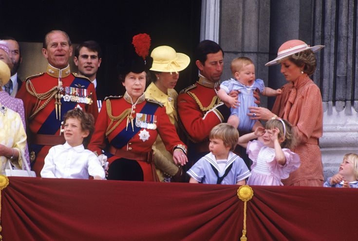 Hello!-Trooping the Colour 1985-Duke of Edinburgh, Prince Edward, Queen Elizabeth, Princess Anne, Prince and Princess of Wales with Prince Harry; front-Lord Frederick Windsor, Prince William, Lady Rose Windsor, Zara Phillips