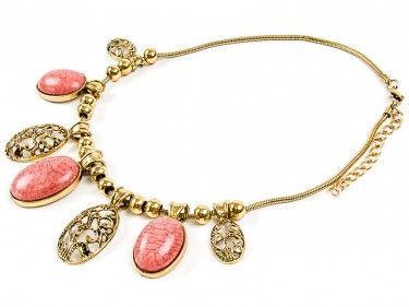 Złoty naszyjnik z różowymi kamieniami Sprawdź więcej na www.carlena.pl