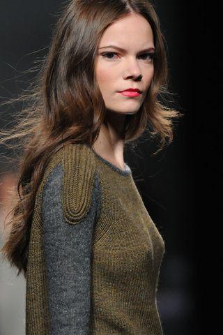 Fotos de Detalles | Sita Murt, pret a porter, otoño/invierno 2013-2014, Mercedes-Benz Fashion Week Madrid Otoño Invierno 2013/2014 Mercedes-Benz Fashion Week Madrid | 3 de 33 | Vogue