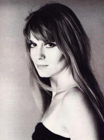 Catherine Deneuve's sister, Françoise Dorléac had a brief actress carreer, until her accidental death in 1967.