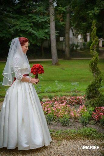 Our bride is wearing Dalia dress from Pronovias/ A mi menyasszonyunk a Pronovias Dalia ruhában
