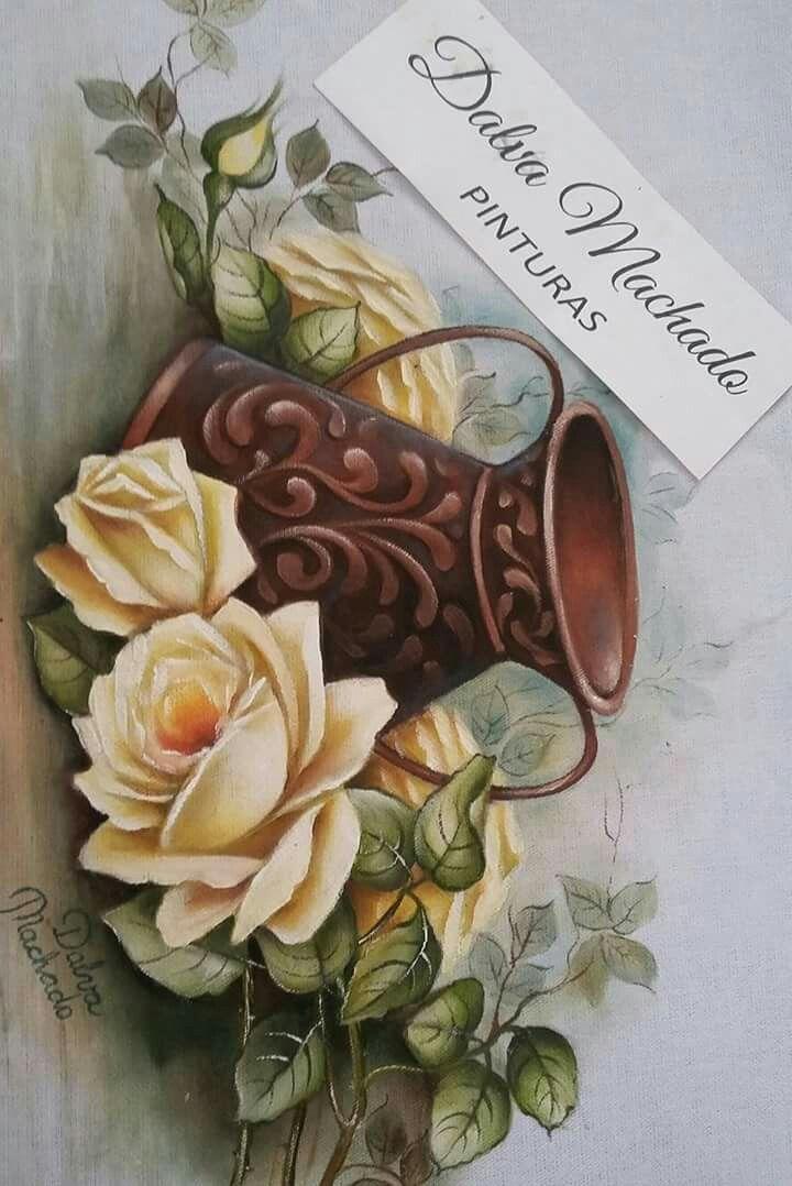 Rosas e jarro