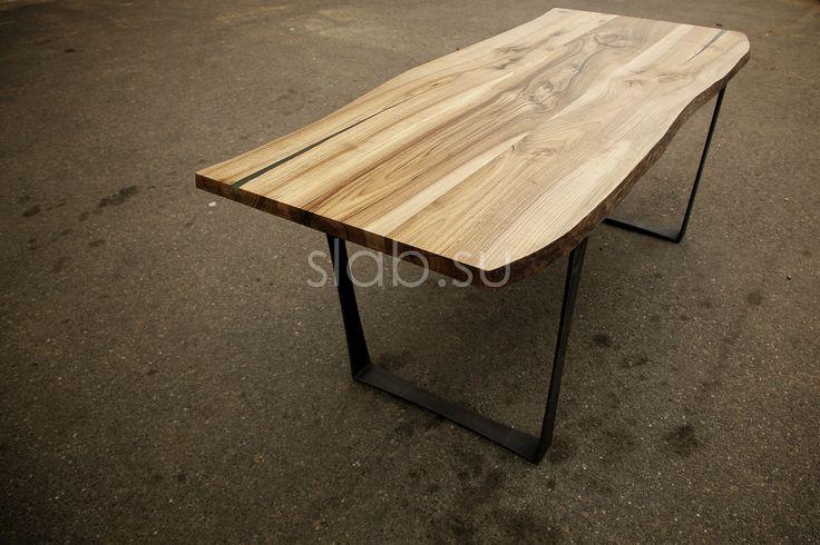 Стол Nature 2 Ультрамодный рабочий стол из массива европейского ореха, с сохраненной натуральной кромкой. Столешница  с ярко выраженной фактурой древесины, со следами от сучков и трещин. Подробнее здесь: http://amp.gs/YxT9 #стол #столешница #рабочийстол #письменныйстол #кабинет #рабочийкабинет #столизмассива #кухня #гостиная #дизайнинтерьера #мебель #мебельназаказ #slab #издерева #мебельиздерева #interior #eco