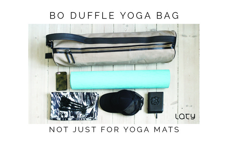 *Yoga time I Ready to go to your yoga class?* Carry your yoga mat and your belongings in the Bo duffle bag in a chic & casual way. Waterproof canvas, topstitched leather details, adjustable strap ... #yoga #yogabag #yogawear #yogaclass #yogalifestyle #yogalove #shop #urbanwear #activewear #coolbag #gym #fitnessbag