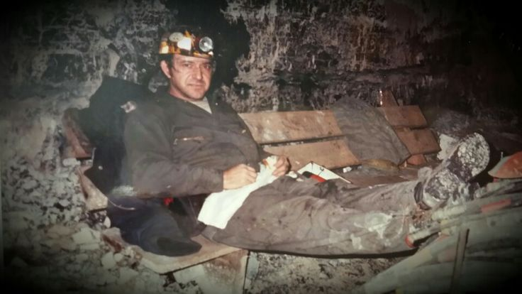 My daddy .......eating a bologna sandwich in the mines ...