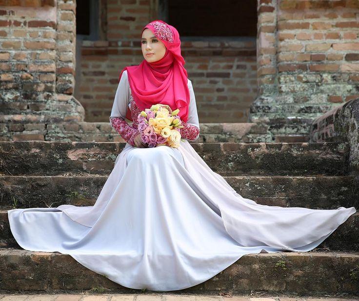 Diana Dress dari @mayamarissa.co tampil anggun dengan kelembuatan warna lilac yang memukau, kombinasi material satin berkualiti tinggi dan chiffon lace white eksklusif beralun cantik penuh dramatik. Sempurna dengan hiasan beads putih dengan perincian batu swarovski yang indah.  #mayamarissalaunch #lace #dresses #wedding #event #lace #couture #hautecouture #life #model #hijabista #tunang #longdress #beautiful #inspiration #inspired #malaywedding