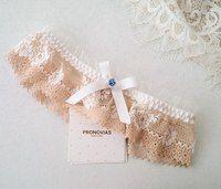 свадебный салон FASHION BRIDE Нежное дополнение свадебного образа - подвязка от #Pronovias