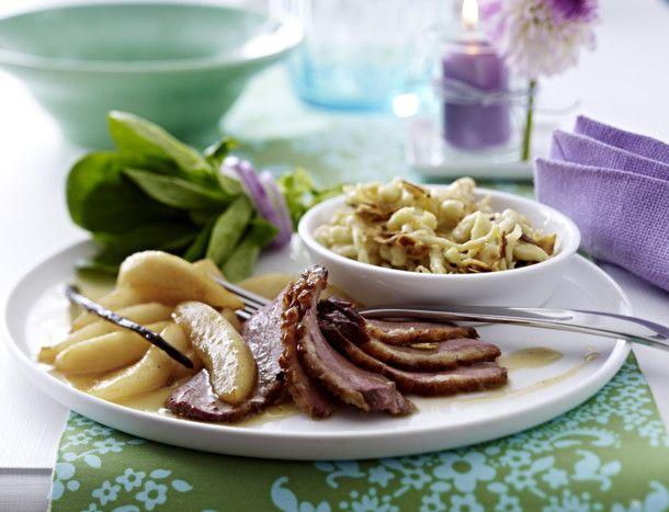 Unser beliebtes Rezept für Entenbrust mit Vanillequitten und selbst gemachten Haselnuss-Spätzle und mehr als 55.000 weitere kostenlose Rezepte auf LECKER.de.