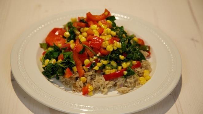 Komijnrijst met gebakken maïs - recept | 24Kitchen