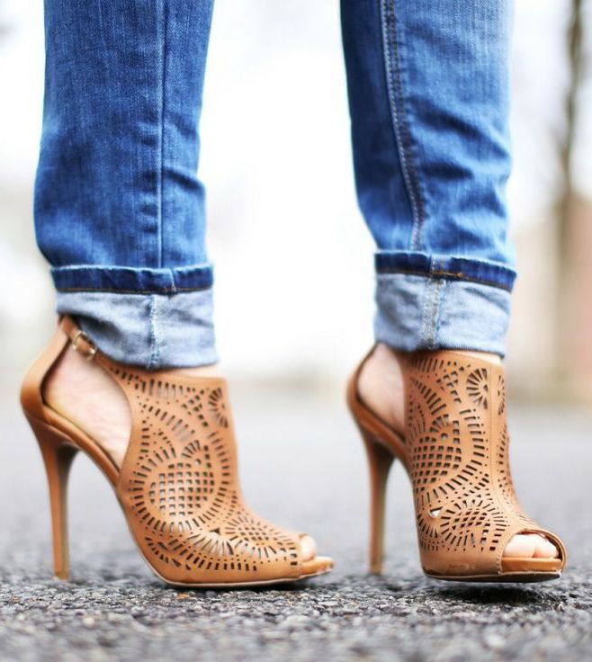 Tisha Peep Toe Shoetie