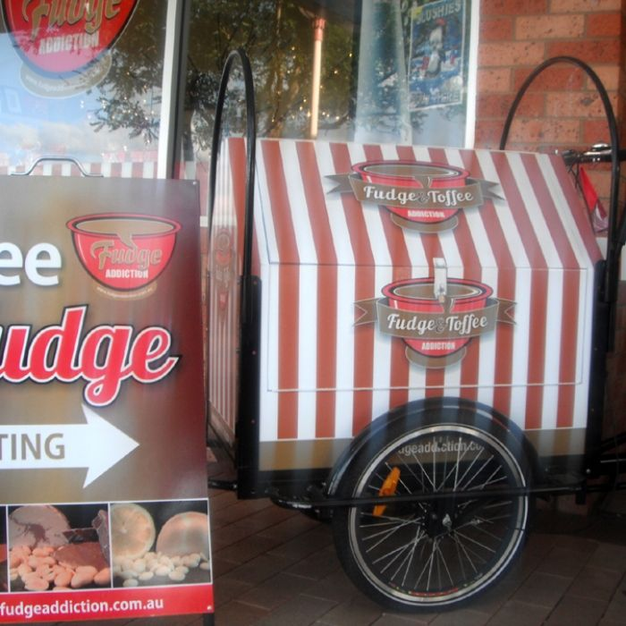 Smartarts Design-Fudge Addiction trike small. Ye olde branding!
