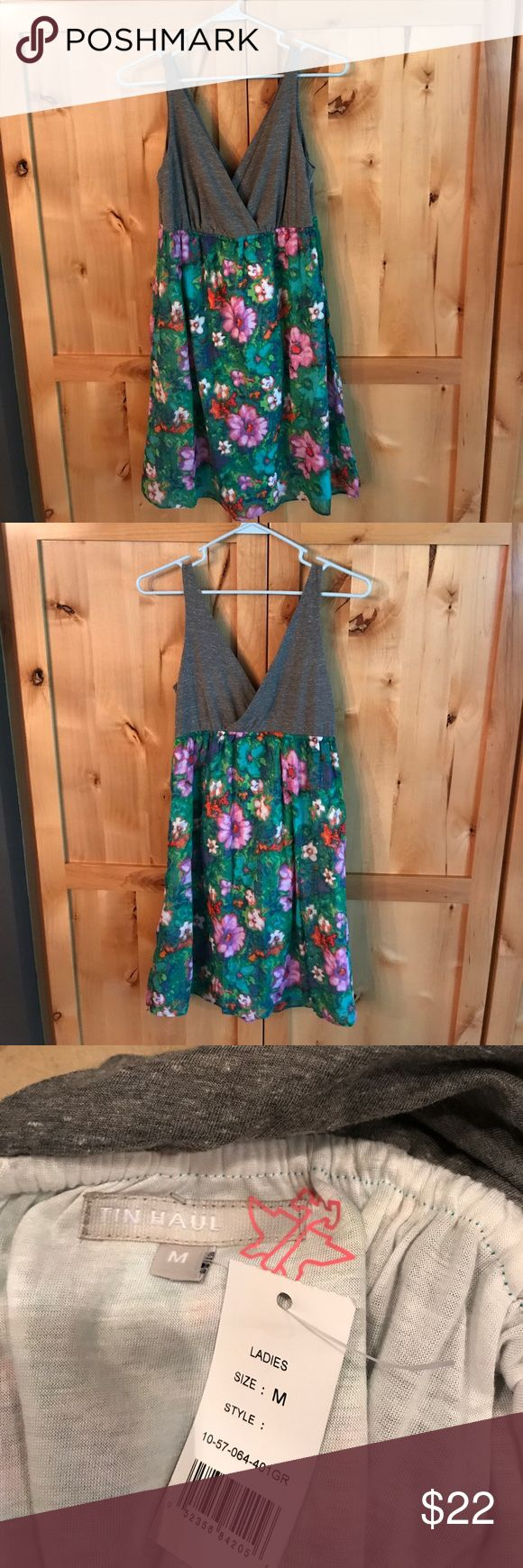 🍀🌷Adorable Tin Haul dress Ladies size medium.  Polyester//cotton blend.  Lined, brand new, elastic waist, tank design.  Quite pretty🌺🌼36 inches long. Tin Haul Dresses Midi