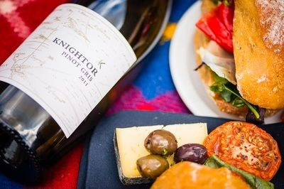 Knightor is a winery above St Austell Bay in mid Cornwall making quality English still and sparkling wines. It is also a popular restaurant and exclusive party and wedding venue