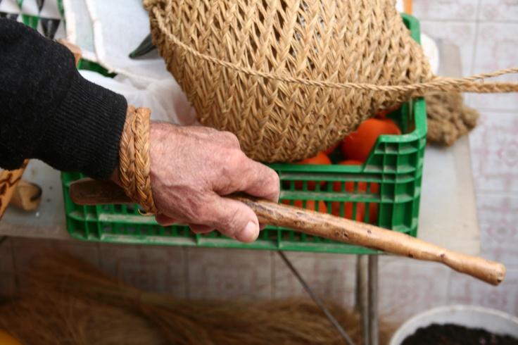 011.  Instrumento para coger esparto. El Campillo de Adentro (Perín). Informante: J.D.M.