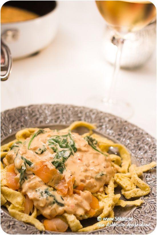 LCHF pasta med sweet chili och kallrökt lax | 56kilo.se