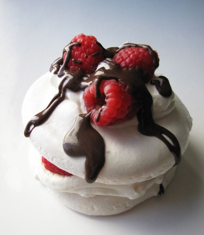 The Connie Cupcake Mini Pavlova