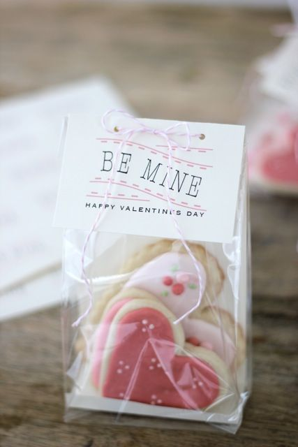 "Sugar Cookie ""Be Mine"" Valentines"