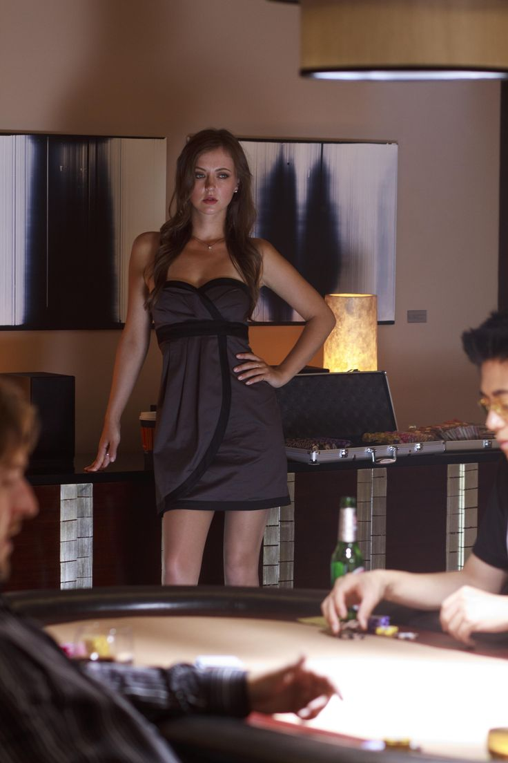 Katharine Isabelle smokingso hot ! - YouTube