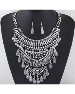 Vintage Style Multi-layer Hollow Arches Design Statement Fashion Necklace and Earrings Set - Silver