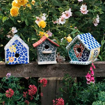 Mosaic birdhouses! These are so cute. We have birdhouses all around our back yard. These would be a great addition!