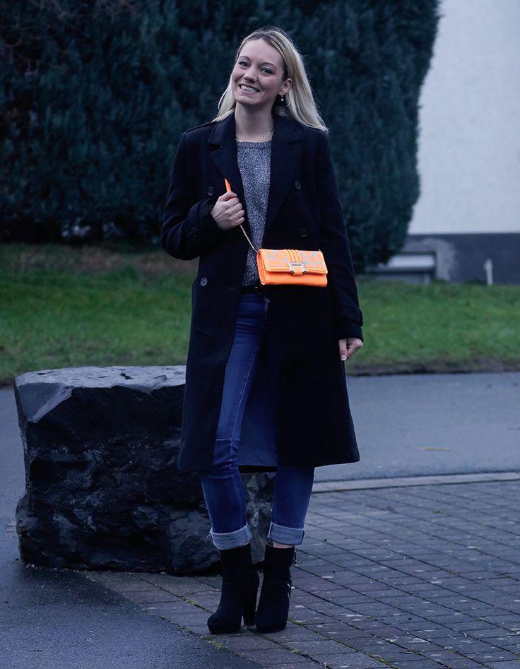 Neon Bags against Winter Blues   Neon Taschen gegen Depressionen im Winter <3