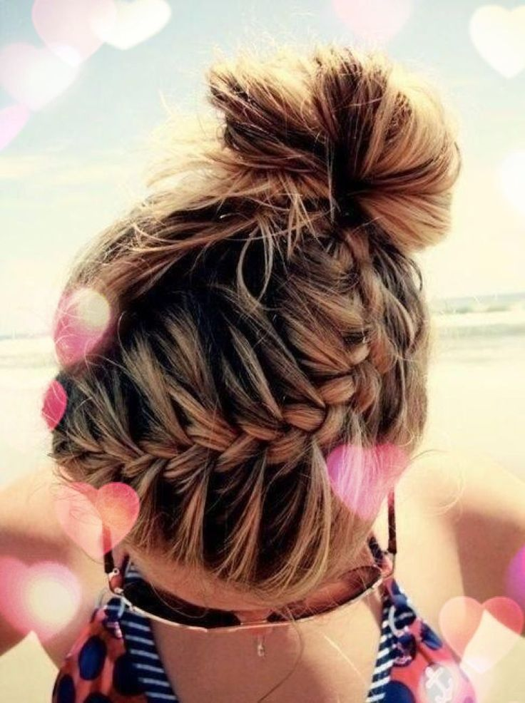French Braids Are Always Loved By The Girls And Ladies It S A Perfect Styling Option For A Romantic Or Pretty Braided Hairstyles Long Hair Styles Hair Styles