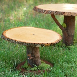 Rustic little garden stool DIY @Apryl Stafford Square @tikkido~great for plant stands!!