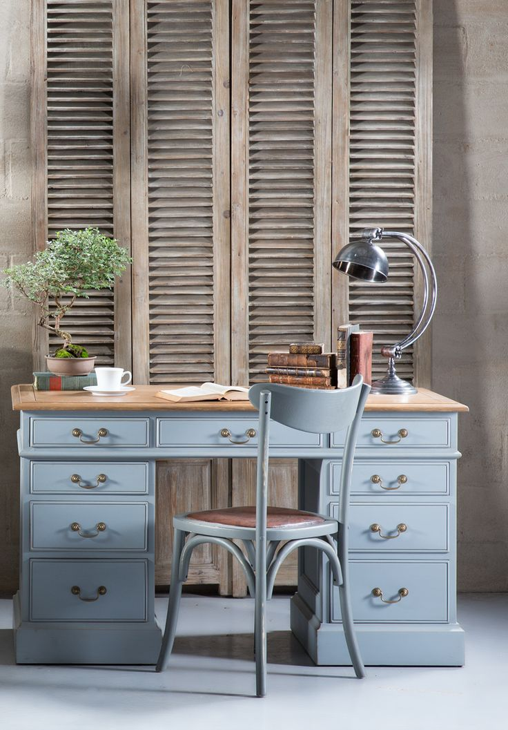 The beloved Devon desk in our exclusive Chimney Sweep Grey colour.
