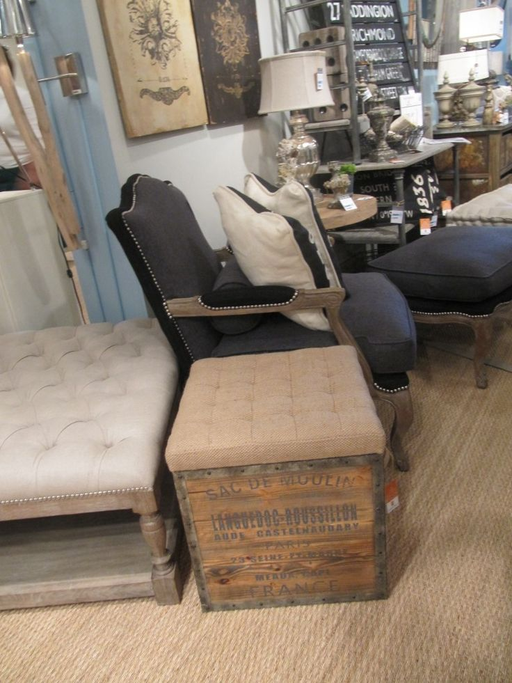 ottoman from old crate or shelved coffee table...DI here I come