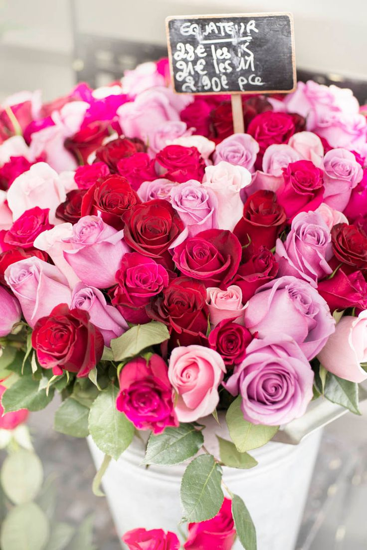 589 best f l o w e r s h o p images on pinterest for Buying roses on valentines day