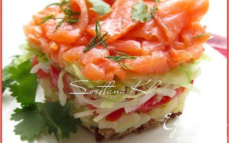 Салат с копченым лососем  | Кулинарные рецепты от «Едим дома!»