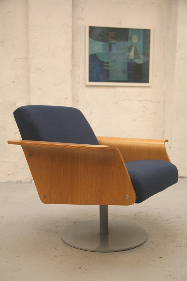 Robin Day chair.