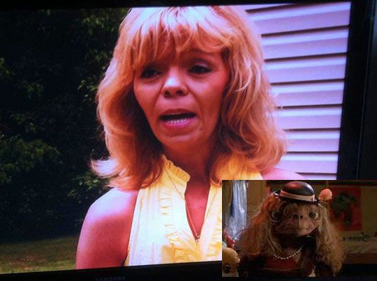 i totally watched this episode of toddlers in tiaras and paused it to say she looked like E.T.!