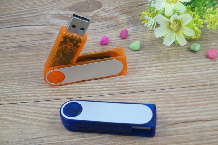 USB personalizado giratorio en PVC, disponible en todos los colores básicos.