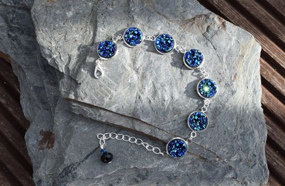 Poppy & Ivy Studios. FREE SHIPPING! Sparkly blue druzy style bracelet that shimmers and glimmers. Glam. Perfect gift for her. Made in Ireland #craftyirelandteam