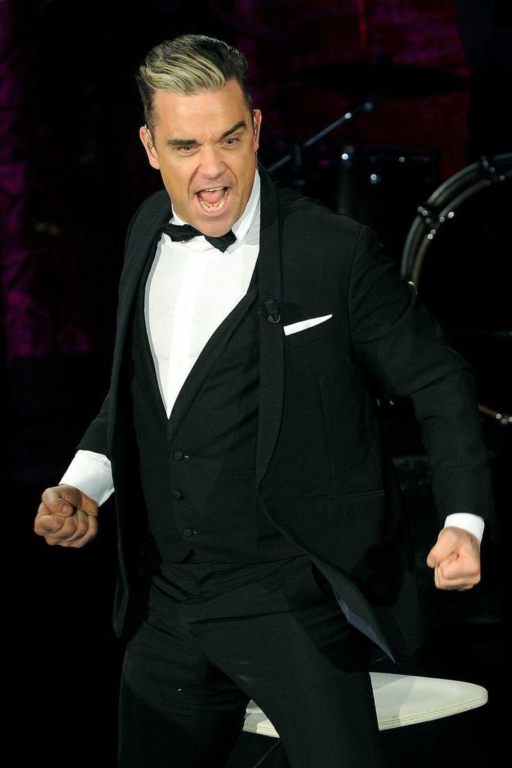 """That time Robbie was like """"At laaaaaaaaaaaast..."""" #ValentinesDay"""