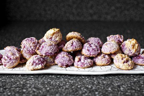 Coconut-raspberry macaroons #passover