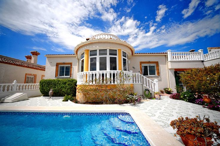 RicaMar Homes Real Estate Costa Blanca | Superior detached villa with 3 bedrooms, Lakeview Mansions in San Miguel