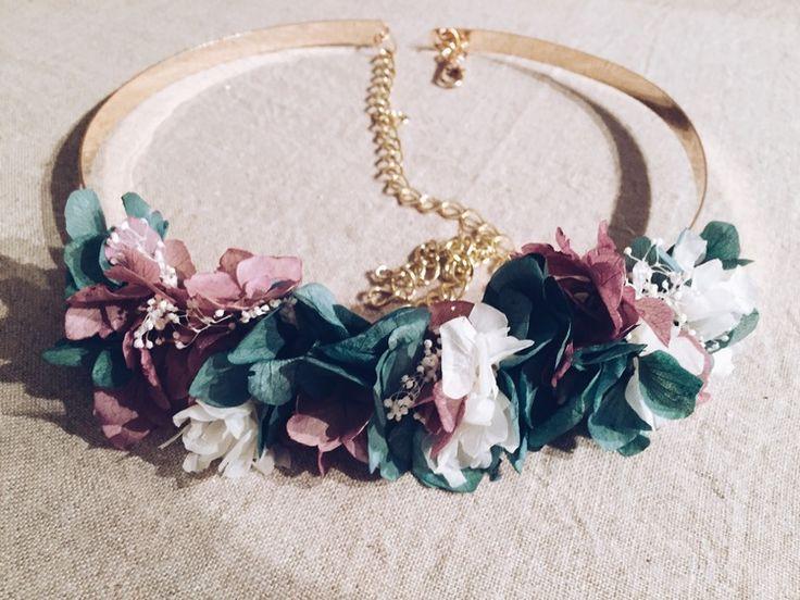 Cinturón de flores para invitada. Invitada perfecta. Boda. Wedding. Details. Piezas únicas. Handmade. Flores.