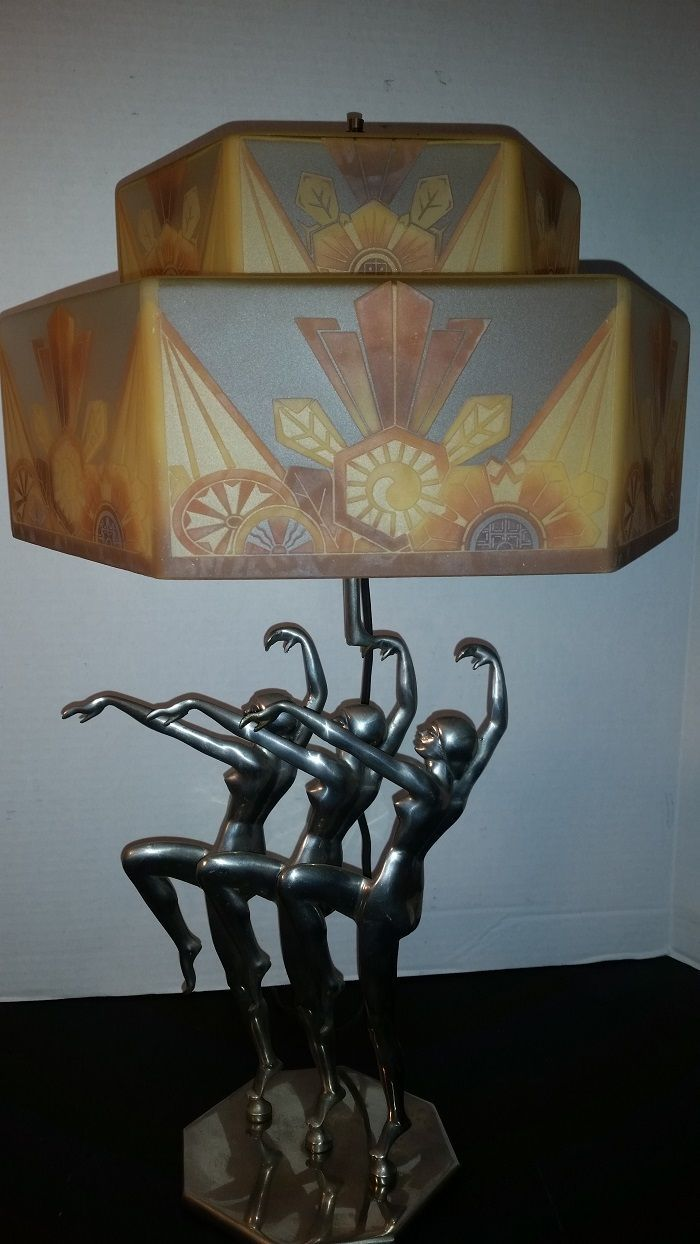 Antique Art Deco Lamp 1929 Czechoslovakian Shade As Deco As It Ever Was The Market Ideas For Lighting Art Deco Lamps Art Deco Lighting Art Deco Furniture