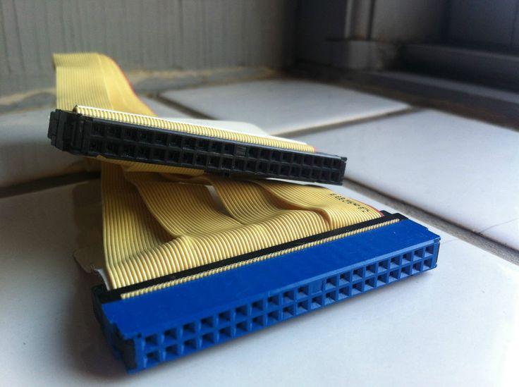 40 pin Ribbon CDROM Optical HDD Hard Drive Cable