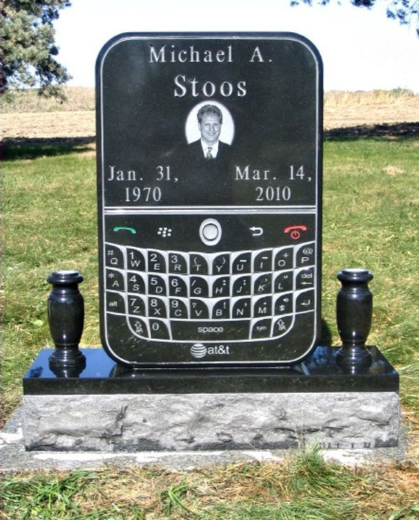 I want a tombstone like this, but no picture of me. I want a screenshot of Plants vs. Zombies!! (via #spinpicks): Unique Gravestone, Texts And Driving, Tombstones, Graves Markers, Google Search, Blackberries, Cemetery Markers, Unique Funeral, Driving Texts