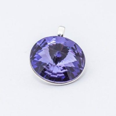 Silver plated Swarovski Rivoli Pendant 12mm Tanzanite  Dimensions: length: 1,7cm stone size: 12mm Weight ~ 1,40g ( 1 piece ) Metal : silver plated brass Stones: Swarovski Elements 1122 12mm Colour: Tanzanite 1 package = 1 piece Price 9.40 PLN(about 2.5 EUR)