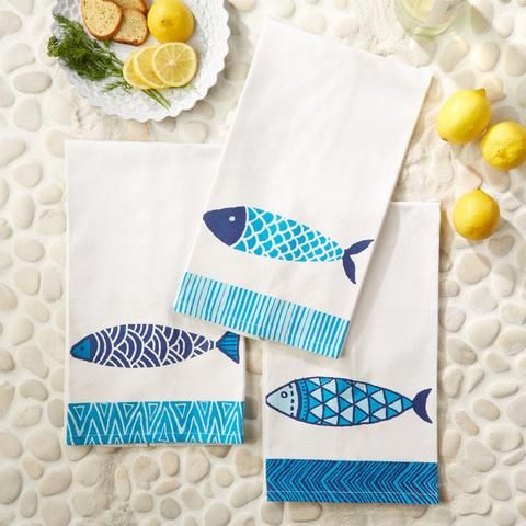 Fish Towel- Arch Pattern. Fabric paint stamped fish tea towel DIY